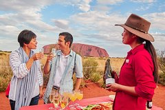 Ayers Rock Combo: Uluru Base and Sunset plus Uluru Sunrise and Kata Tjuta with an Optional BBQ Dinner or Kings Canyon Day Trip